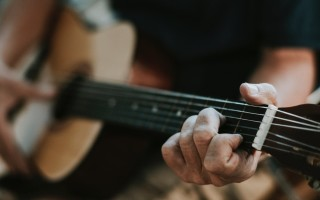 Особенности грифа гитары