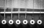 Звучание классической гитары зависит от струн