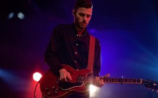 Как научиться играть рок на гитаре