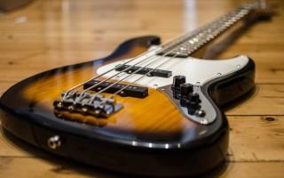 Струны для бас-гитары: выбор, структура, замена