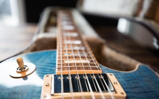 Толщина струн: роль в исполнении музыкального произведения